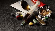 Как вывести следы наркотиков из организма и снять симптомы ломки
