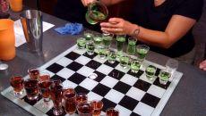 Список самых популярных и веселых алкогольных игр