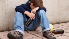 Причины возникновения подросткового алкоголизма