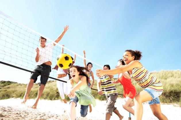 Групповые занятия спортом у подростков