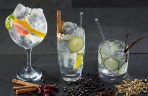 Приготовление джин тоника