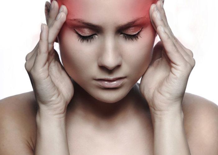 Уменьшается частота и сила головных болей