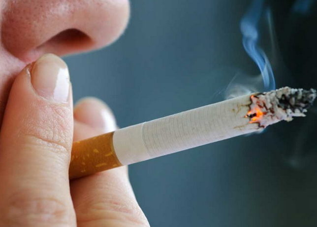 Частым выкуриванием сигарет