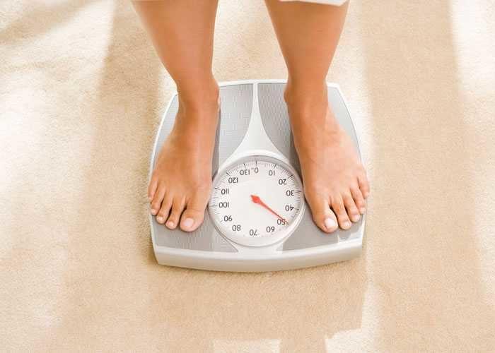 Поддержанию массы тела в норме