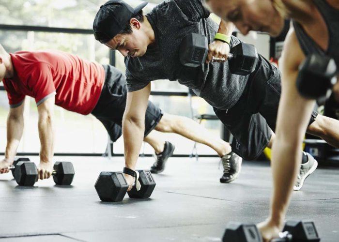 Тяжелым физическим спортом