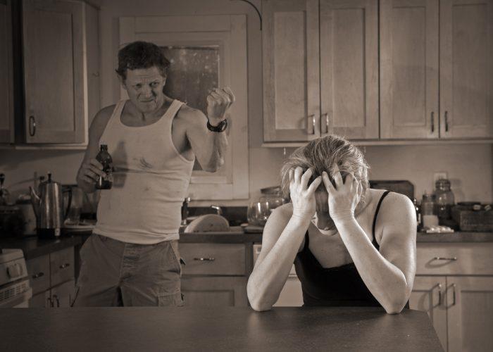 Алкоголик не способен контролировать свои действия