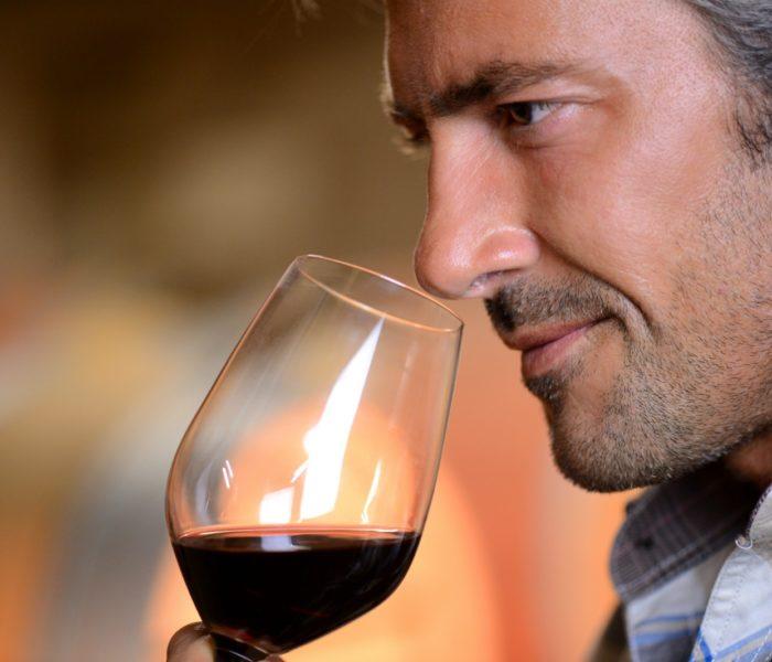 Для уменьшения нагрузки стоит выпивать медленнее и понемногу