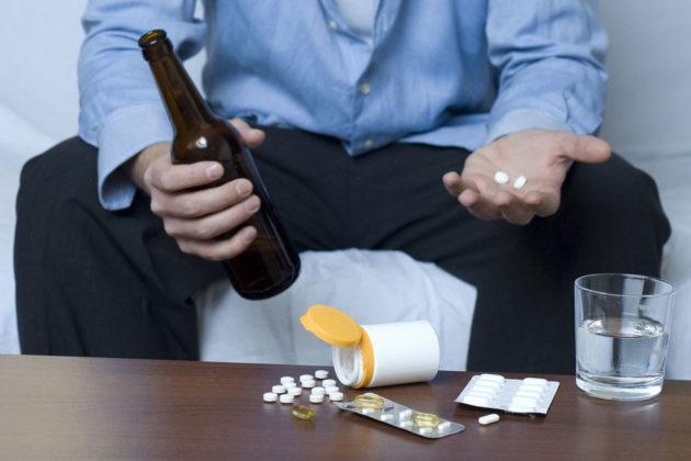 Препарат со спиртными напитками принимать не рекомендуется