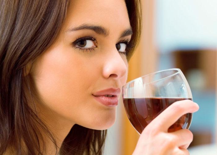 Воздержаться от приема больших доз алкоголя