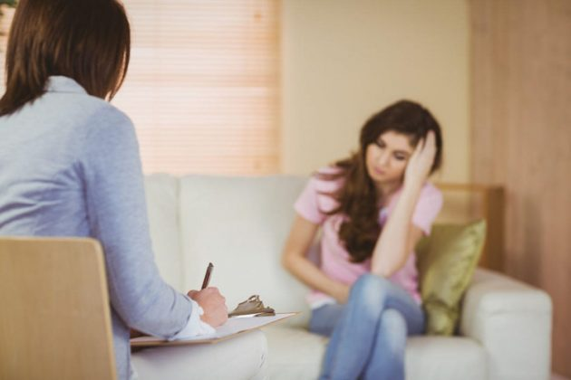 Работа с психотерапевтом и психологом