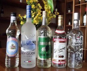 Алкогольные напитки крепостью от 40 об.