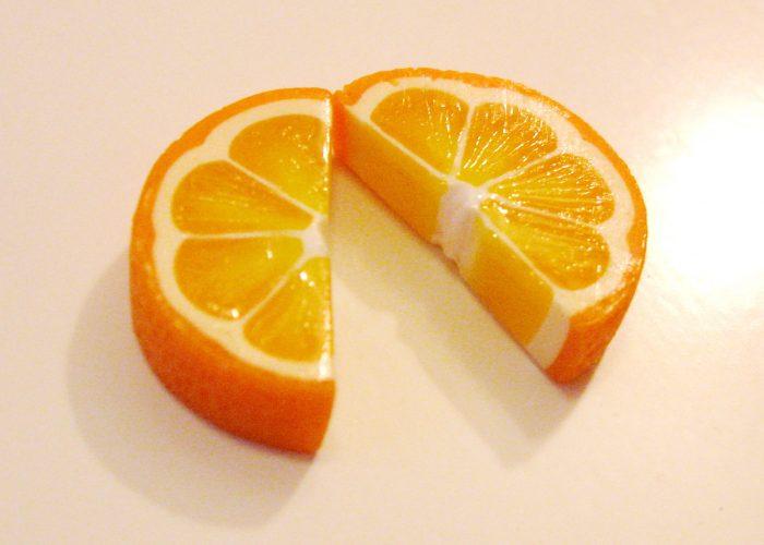 Апельсин – 2 дольки