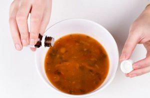 Добавление капель в еду - как способ вылечить от алкоголизма втайне от больного