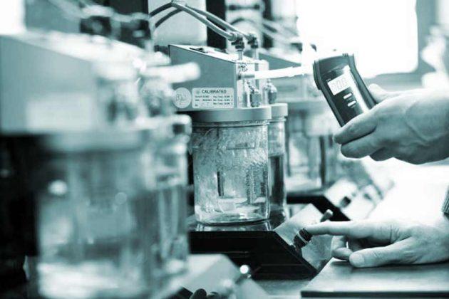 Калибровка алкотестера методом мокрой ванны проводится в лаборатории