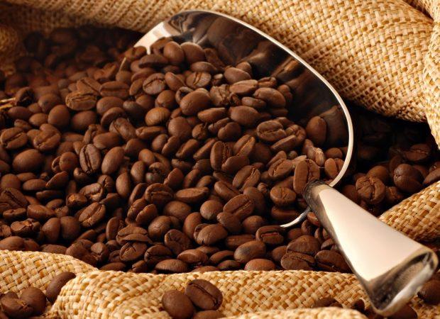 Натуральные кофейные зерна также убираю запах изо рта