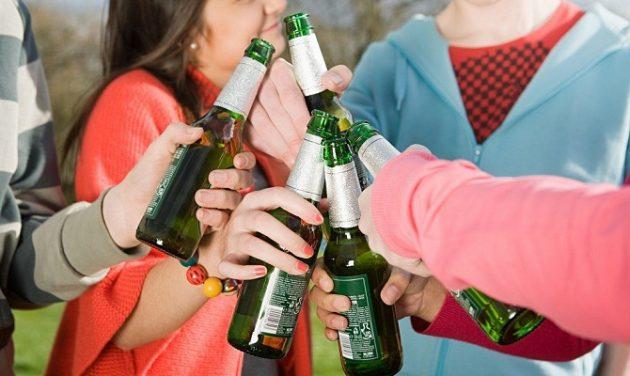 При потреблении безалкогольного пива на улице могут возникнуть вопросы у сотрудников правоохранительных органов