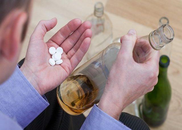 При терапии алкоголизма