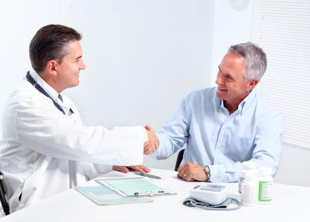 Профилактика алкоголизма проводится после осмотра врача