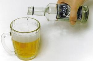 Процес приготовления коктейля