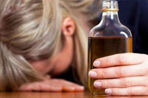 Пьющая женщина безвольна
