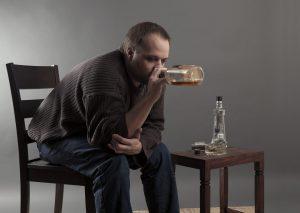 Цианамид используют при хроническом алкоголизме