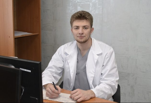 Врач - нарколог
