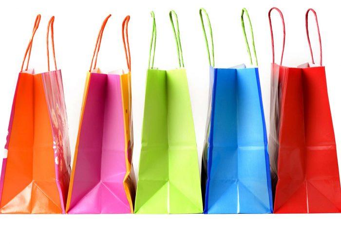 Все сэкономленные деньги ежемесячно тратить на приятные и полезные мелочи