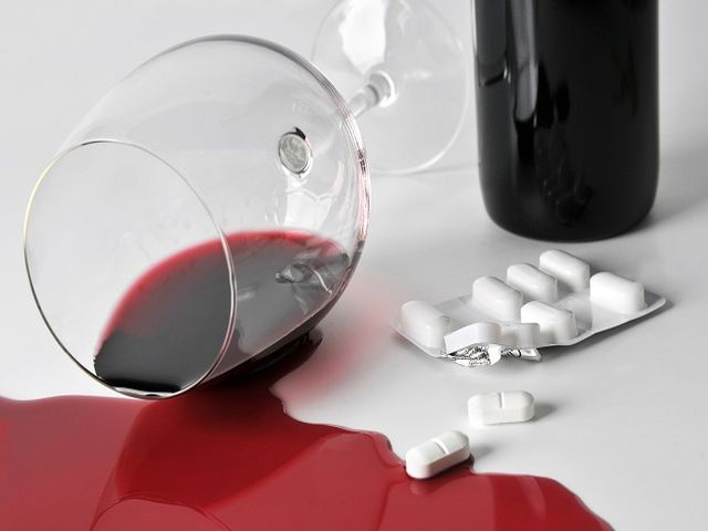 Взаимодействие алкоголя с антидепрессантами