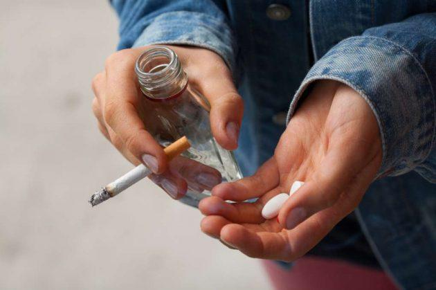 Алкогольная и наркотическая зависимость