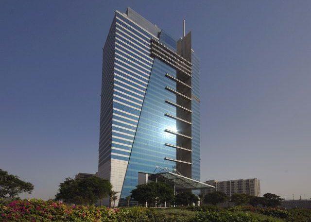 Monarch в Дубае