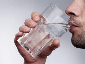 Ускорить вывод марихуаны из организма, поможет питье обычной воды
