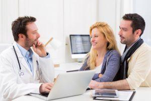 Перед планировкой беременности обязательно необходимо обследоваться у врача