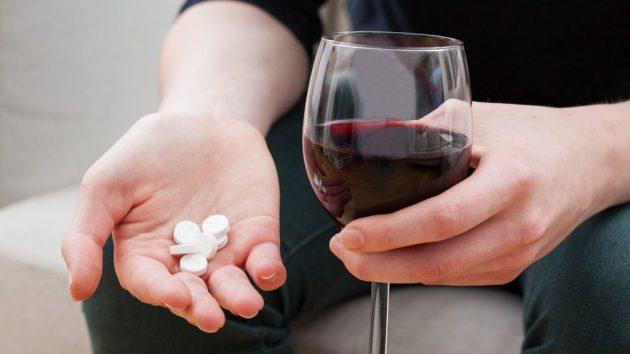Сочетание мелаксена с алкоголем