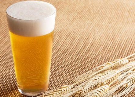 Светлое пшеничное пиво